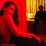 FX-TheAmericans-2_Keri-Matthew-Hallway_0869_865_COMPOSITE_CMYK_F-610x411